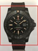 Breitling Avenger V17310101B1W1